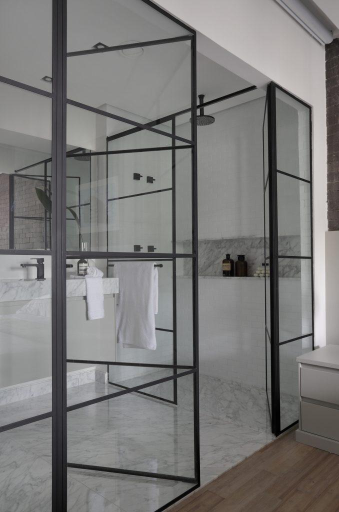7 conselhos para encantar clientes com um banheiro de apartamento decorado!