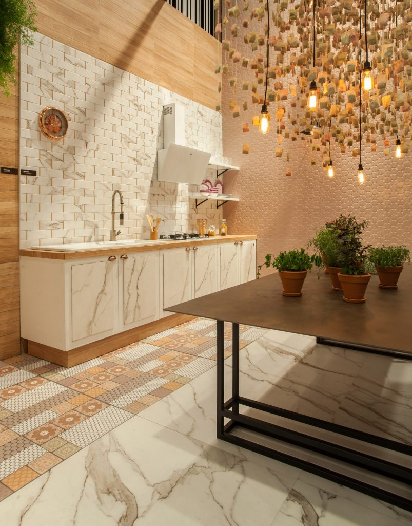 Como combinar piso com revestimento: desvende os segredos para criar ambientes únicos!