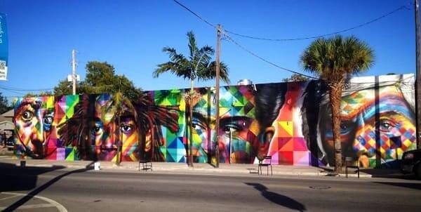 Eduardo Kobra: Encante-se com 40 Obras do Maior Muralista Brasileiro