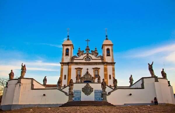 Encante-se com as 12 cidades Históricas de Minas Gerais mais valiosas