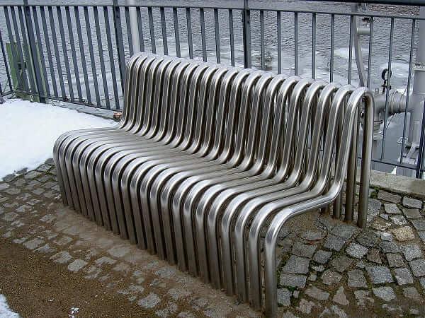 Mobiliário Urbano: Entenda o Conceito e Veja 20 Exemplos Criativos!