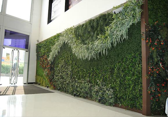 Quebre o preconceito com plantas artificiais na decoração! Elas estão mais reais do que você imagina